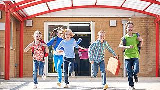 'Basisscholen hanteren steeds vaker zelfgekozen schooltijden'