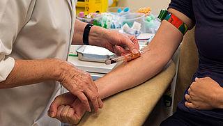 Bloedtest moet uitsluitsel geven in geval van koorts