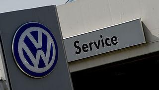 'VW betaalt misleide klanten 5000 dollar'