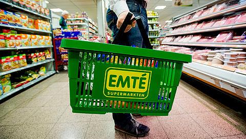 Supermarkten halen uit voorzorg wafels uit schappen vanwege fipronil}