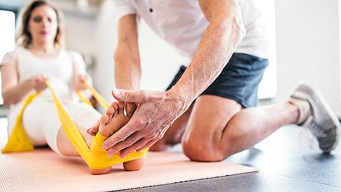 Wanneer vinden fysiobehandelingen in de praktijk plaats en wanneer op afstand?