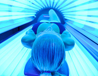 Slechte controle op minderjarigen bij zonnebanken