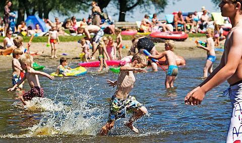 Reddingsbrigade: 'Pas op voor te koud zwemwater'
