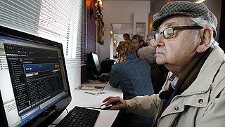 Ouderenbond start advieslijn om internetfraude te voorkomen