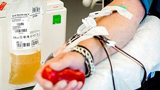 Bloedbank werkt aan coronamedicijn met antistoffen van ex-coronapatiënten