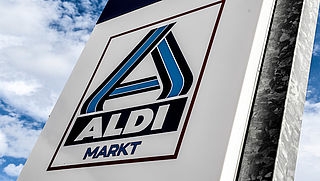 Foodwatch: 'Aldi verkocht kipschnitzels van plofkip met Beter Leven keurmerk'