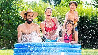 Zwembad, airco en parasol in trek bij online shoppers