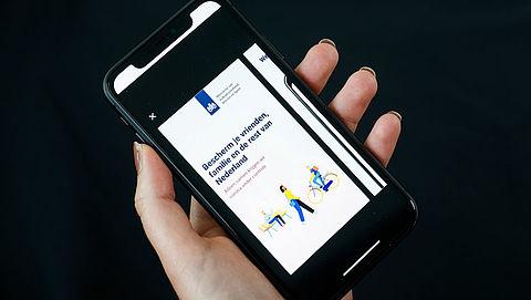 Corona-app moet op 1 september beschikbaar zijn