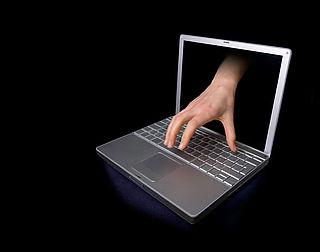 '600 Nederlanders dupe hack vreemdgangerssite'