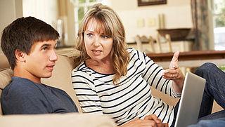Steeds meer jongeren blijven langer thuiswonen