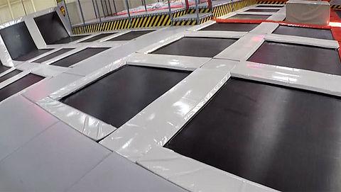 Veiligheid trampolineparken: toezicht schiet tekort}