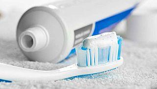 Tandpasta en zonnebrandcrème worden goedkoper