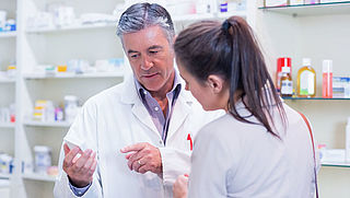 Uitleg apotheker over medicijn kan beter