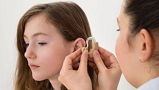 Specsavers verkoopt gehoorapparaten met verlies