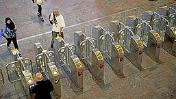 Extra kosten bij overstap NS-trein: is er een oplossing?