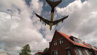 Omwonenden Schiphol: 'Maak de luchthaven voor zakelijke reizigers'