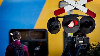 ProRail krijgt geen steun van ministerie voor sluiten onbewaakte spoorwegovergangen