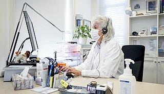 'Wacht met aanvragen vaccinatiebewijs huisarts'