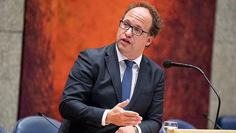 Minister: AOW-leeftijd gaat in 2024 niet omhoog