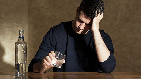 Proef met enkelband om toezicht te houden op alcoholverbod