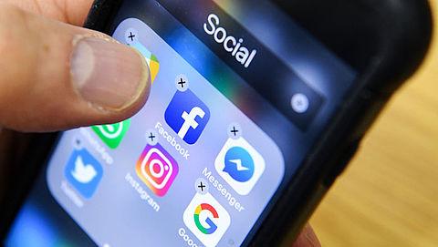 Facebook kopieerde van 1,5 miljoen gebruikers mailadressen