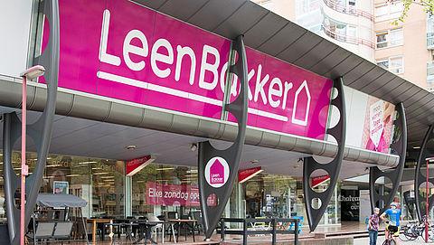 1200 gedupeerden eisen goedkope hoogslaper van Leen Bakker