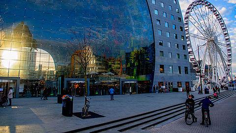 NVWA: Bijna de helft van Markthal-kramen Rotterdam onhygiënisch