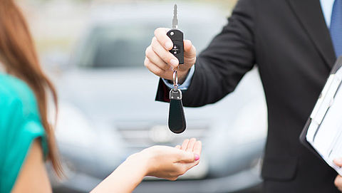 Particulieren leasen steeds vaker auto