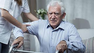 Bedrijven en overheden gaan samenwerken om ouderenzorg te verbeteren in krimpregio's
