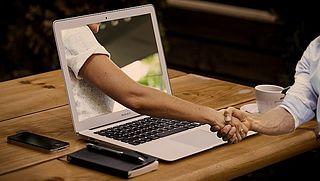 online dating valse reclame Dating 20-jarigen