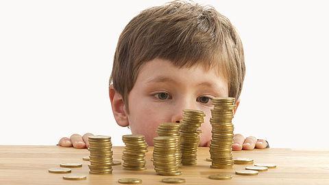 Kindgebonden budget gaat met 100 euro omhoog in 2017}
