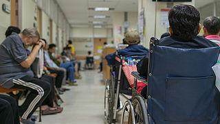 Griepgolf leidt tot opnamestops ziekenhuizen