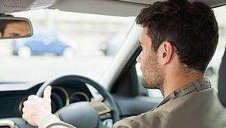 Recordaantal beginnend bestuurders bestraft met punt op rijbewijs