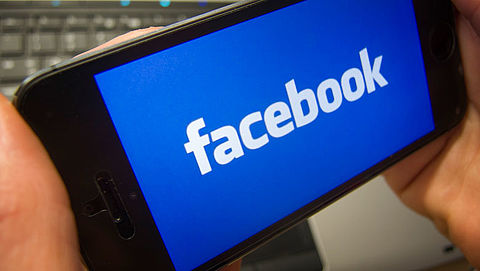 Amerikaanse toezichthouder gaat onderzoek doen naar Facebook}