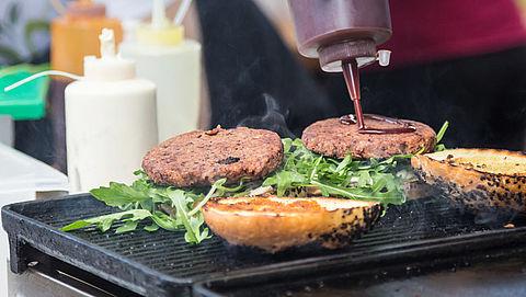 'Weinig hygiëne bij voedselverkopers op Koningsdag'