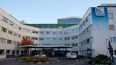 23.000 handtekeningen voor behoud ziekenhuizen Bronovo en Antoniushove