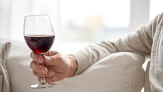 Moet je minder vet eten? Is een glas rode wijn goed? 3 voedingsweetjes