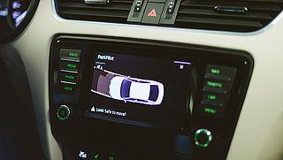 Auto's met veiligheidssystemen vaker betrokken bij ongelukken