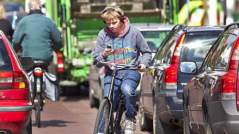 Verbod appen op de fiets