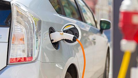 Subsidiepot nieuwe elektrische auto's binnen twee weken leeg