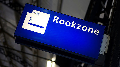 ProRail wil rookverbod op stations