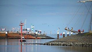'Nederlands oppervlaktewater zeker tot 2027 vervuild met medicijnen en microplastic'