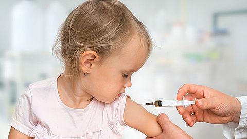 Kinderrechtenorganisatie: Mazelenvaccin moet verplicht worden}