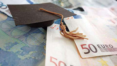 Kunstacademie halveert collegegeld voor student met diploma}