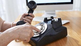 Telefoon en tv wekenlang afgesloten na overlijden echtgenoot? T-Mobile reageert