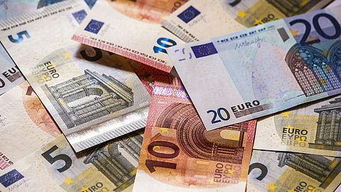 'Een cashloze samenleving is nog een brug te ver'