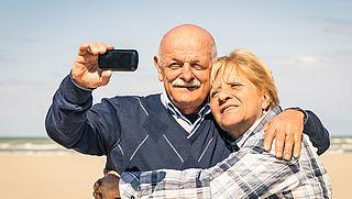 Ouderen vaker aan de smartphone