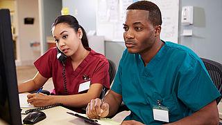 Duurdere zorg en langere wachtlijsten door gebrek aan verpleegkundigen
