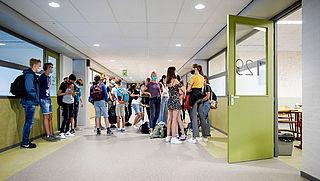 Slob: voorkom landelijke schoolsluiting, sluit enkel plaatselijk of regionaal