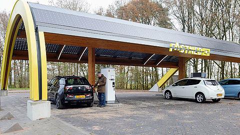 'Doel om enkel elektrische auto's te verkopen in 2030 wordt niet gehaald'}